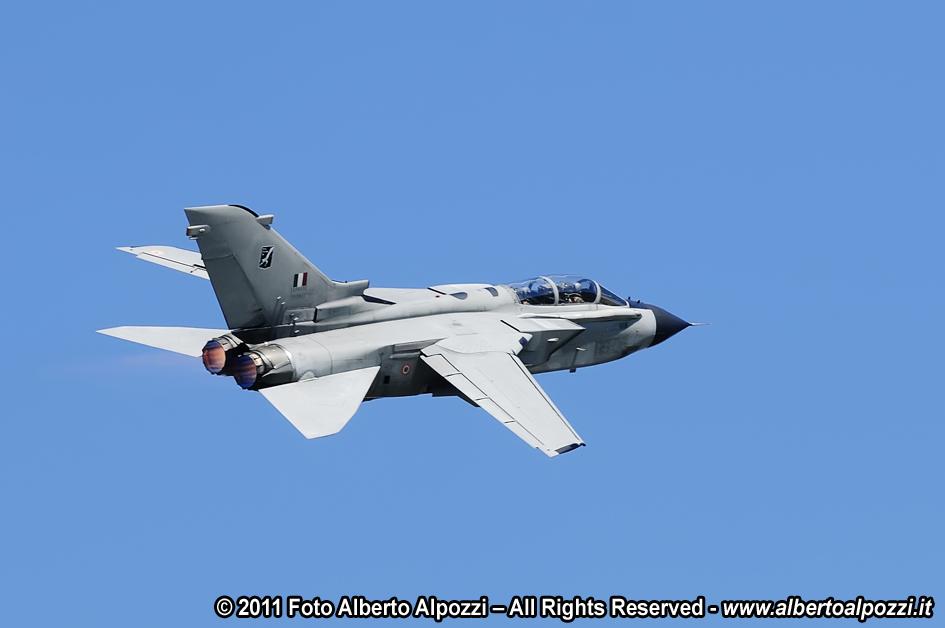 Aereo Da Caccia Tornado : Aeronautica militare italiana alberto alpozzi fotografia